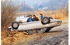 Mercedes 450 SLC 5.0, Unfall, auf dem Dach