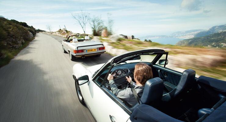 Mercedes 500 SL, Porsche 911 Carrera Cabriolet, Fahrersicht