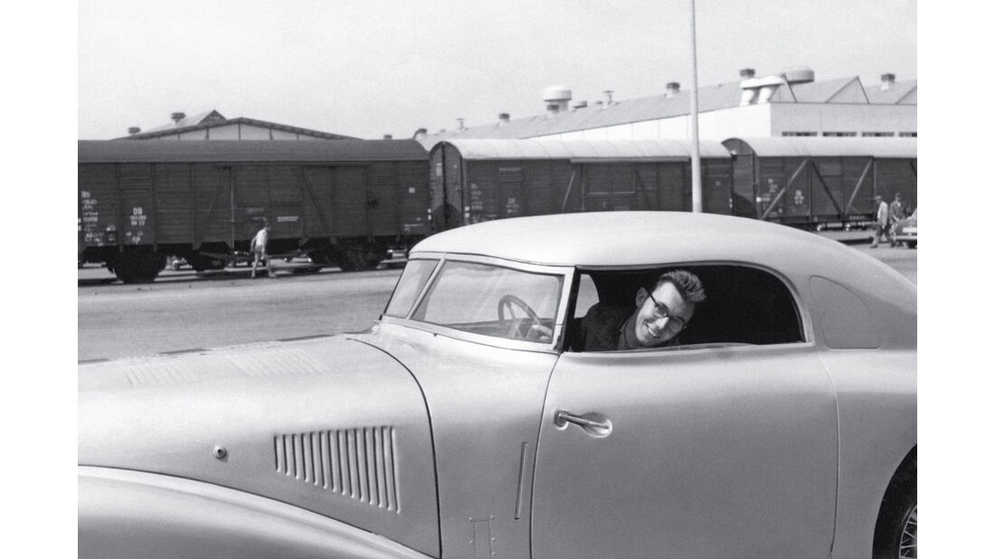 Mercedes 540 K Stromlinie, Seitenansicht