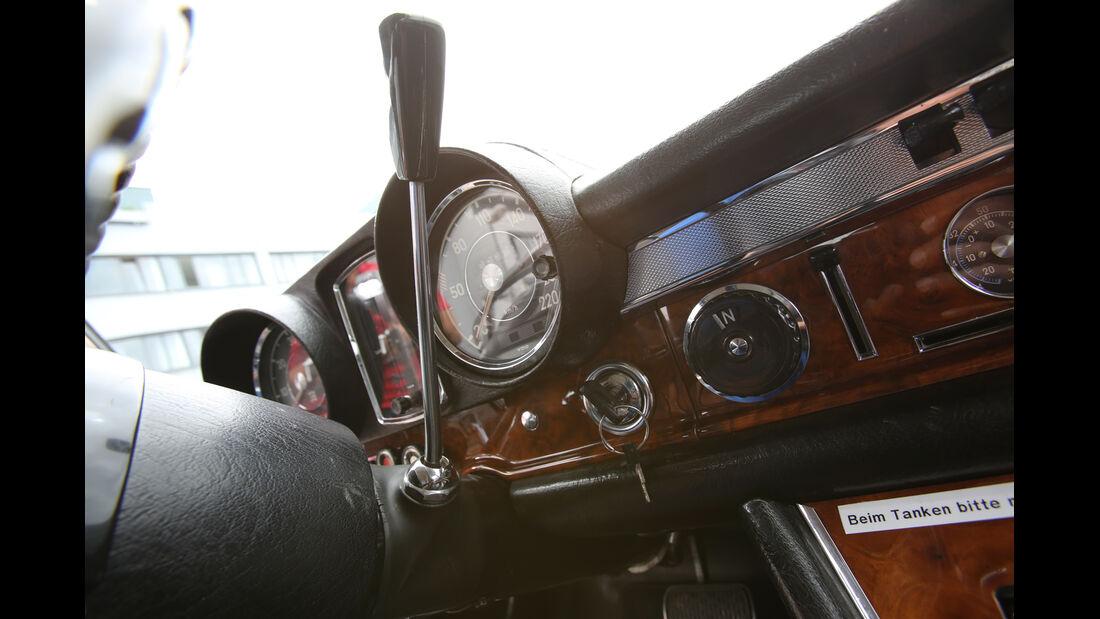 Mercedes 600, Rundinstrumente