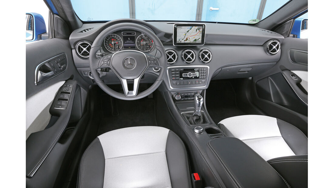 Mercedes A 180, Cockpit