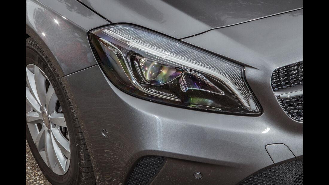 Mercedes A 180, Frontscheinwerfer