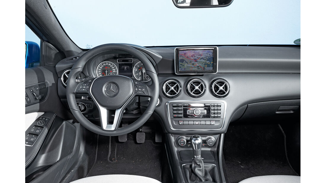 Mercedes A 180 Style Blue Efficiency Edition, Cockpit