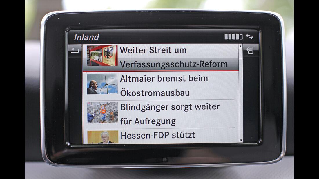 Mercedes A 200 CDI AMG Sport, Display, Nachrichtenportal