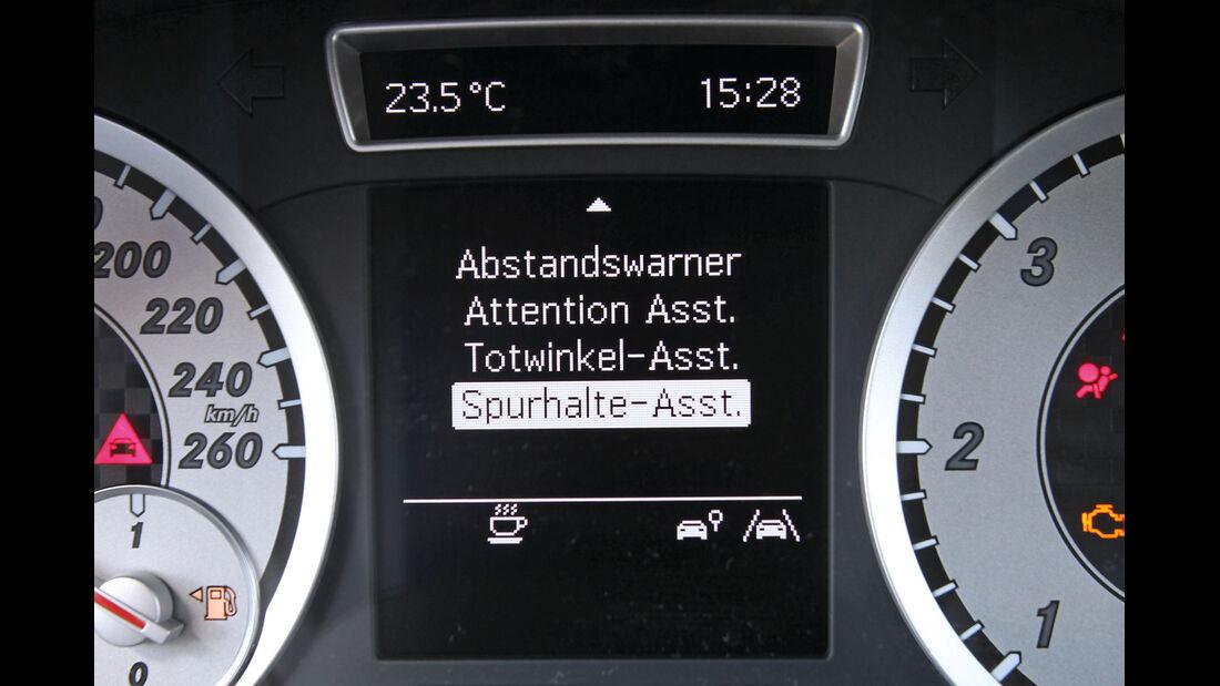Mercedes A 200 CDI AMG Sport, Spurhalteassistent