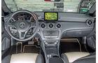 Mercedes A 220 d, Cockpit