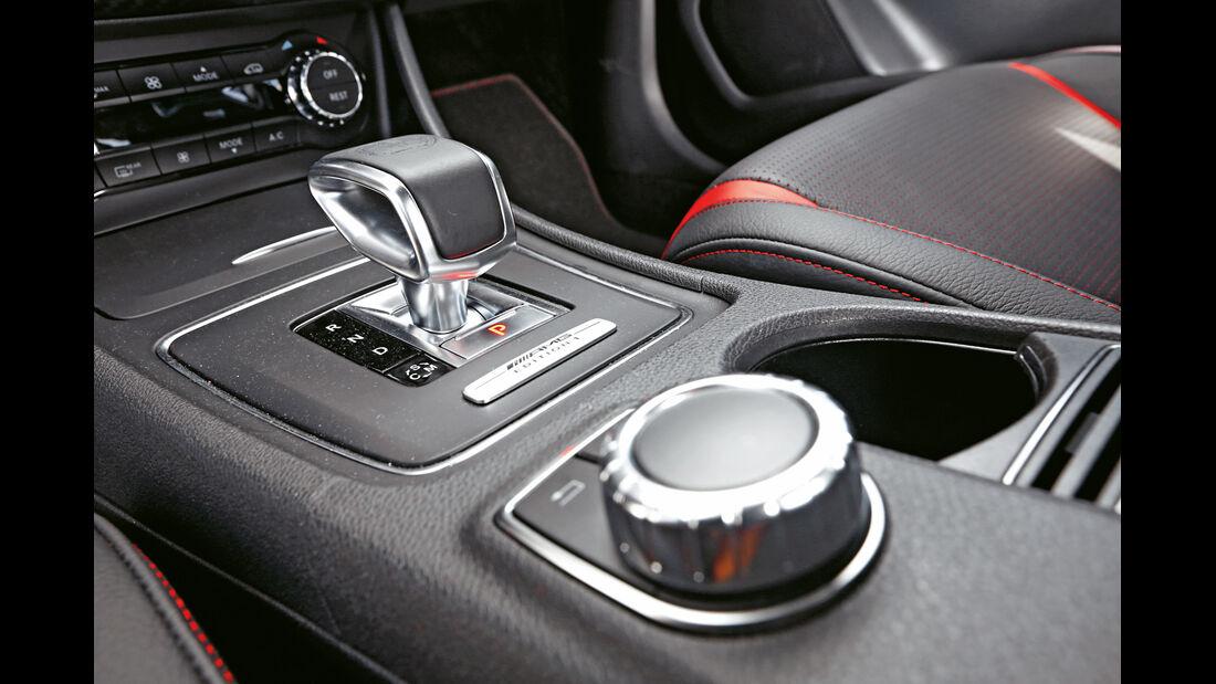 Mercedes A 45 AMG, Bedienelemente, Schalthebel