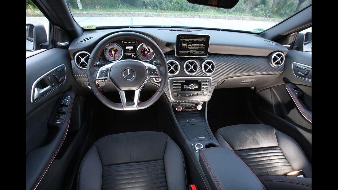 Mercedes A-Klasse, Cockpit, Lenkrad