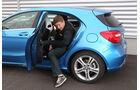 Mercedes A-Klasse, Rücksitz, Aussteigen