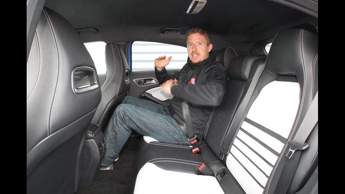 Mercedes A-Klasse, Rücksitz, Beinfreiheit