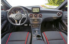 Mercedes A45 AMG Edition 1, Cockpit