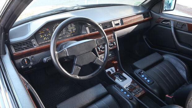 Mercedes AMG 300 CE 6.0, Interieur