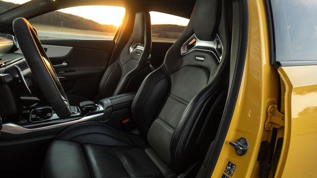 Mercedes-AMG A 35 4Matic, Interieur