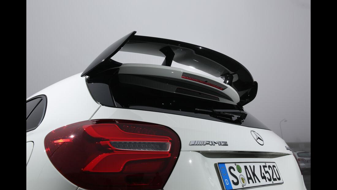 Mercedes-AMG A 45 4Matic, Dachspoiler