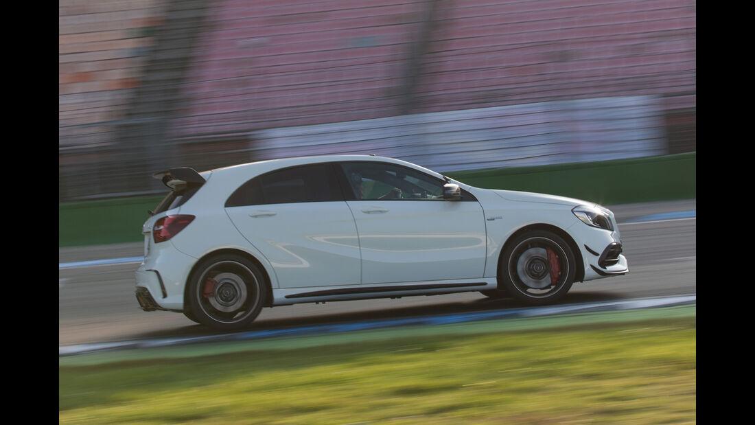 Mercedes-AMG A 45 4Matic, Seitenansicht