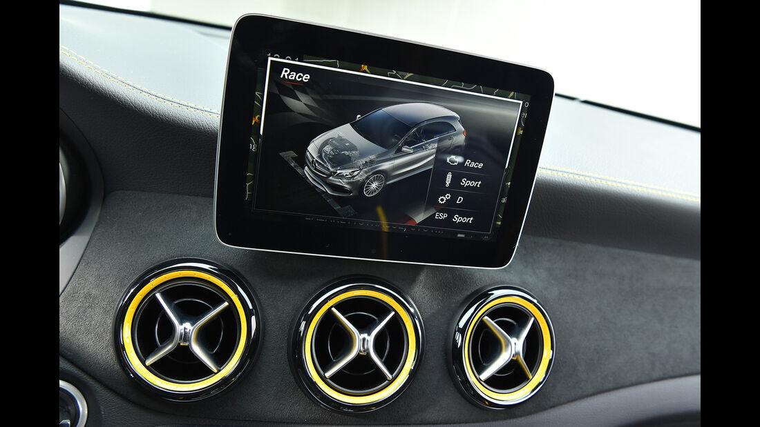 Mercedes-AMG A 45, Interieur