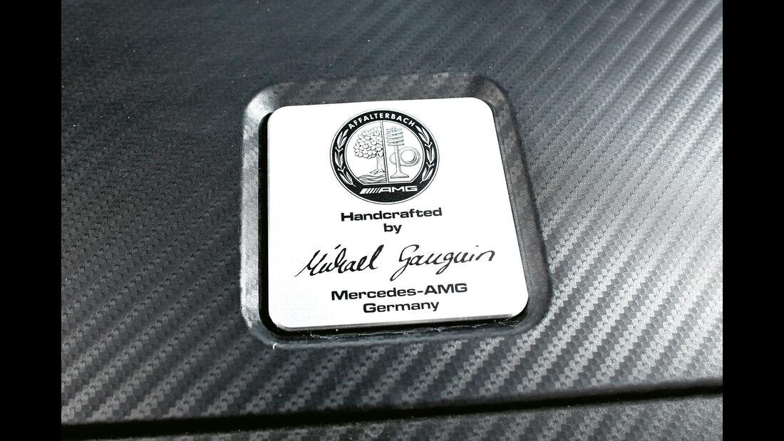 Mercedes AMG A 45, Plakette