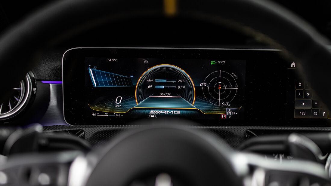 Mercedes-AMG A 45 S 4Matic+, Anzeigen