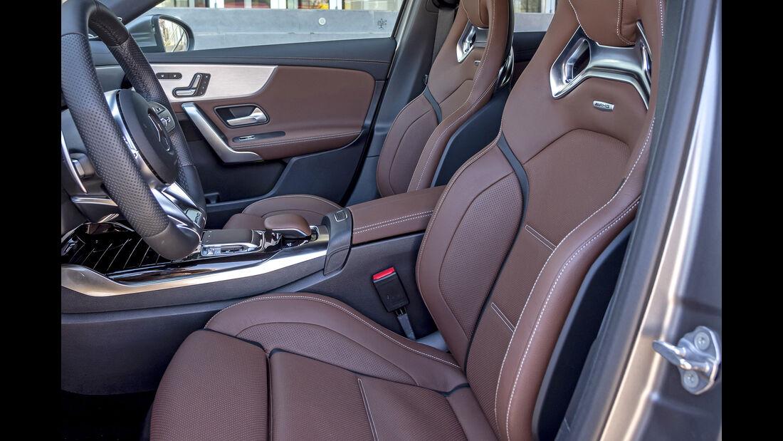 Mercedes AMG A 45 S 4Matic, Interieur