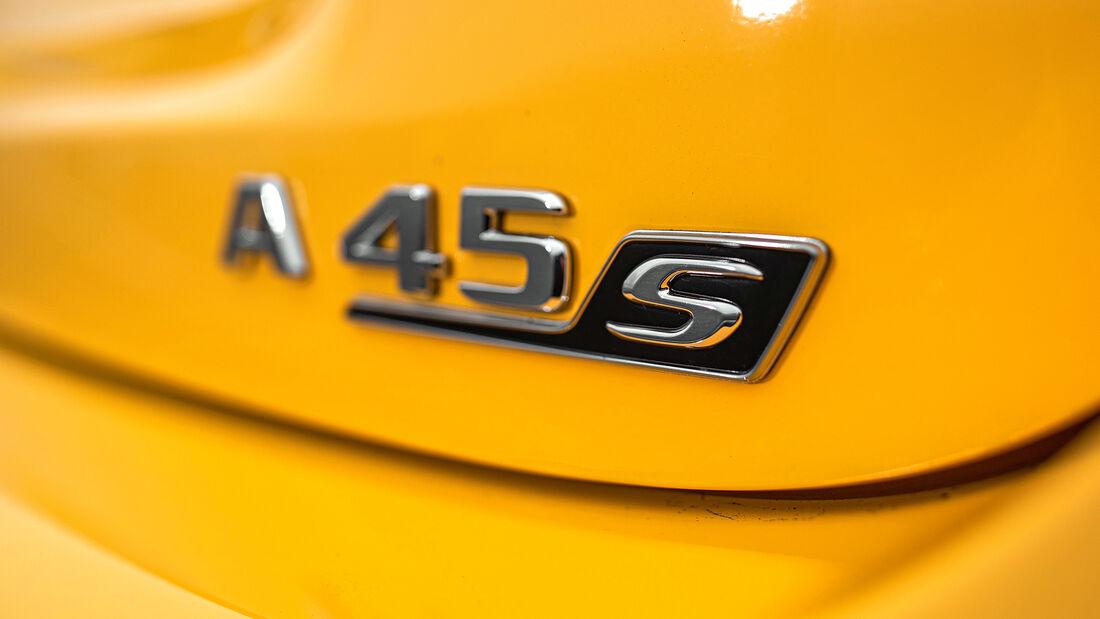 Mercedes-AMG A 45 S 4Matic+, Schriftzug