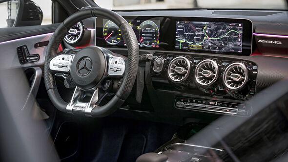 Mercedes-AMG A35, Einzeltest, Innenraum