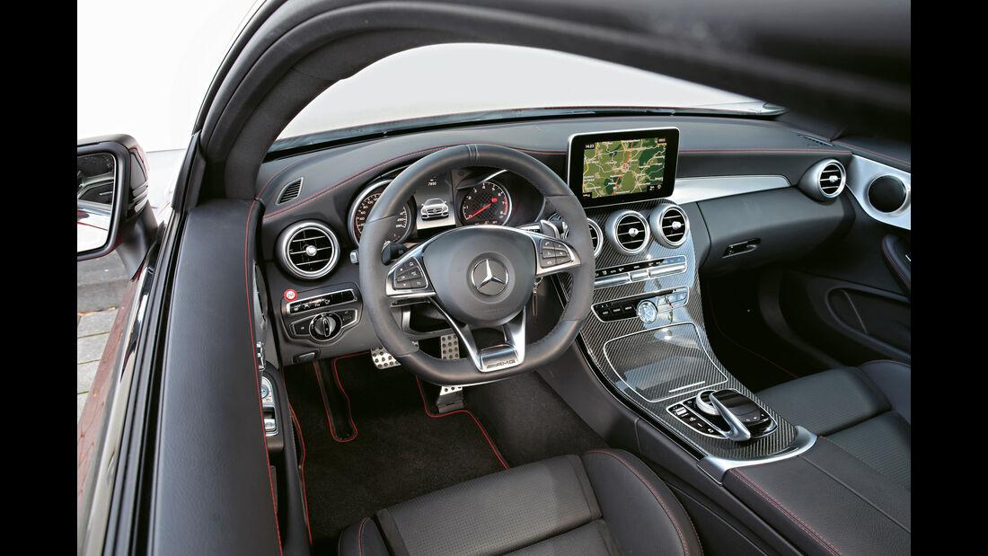Mercedes AMG C 43 Coupé, Cockpit