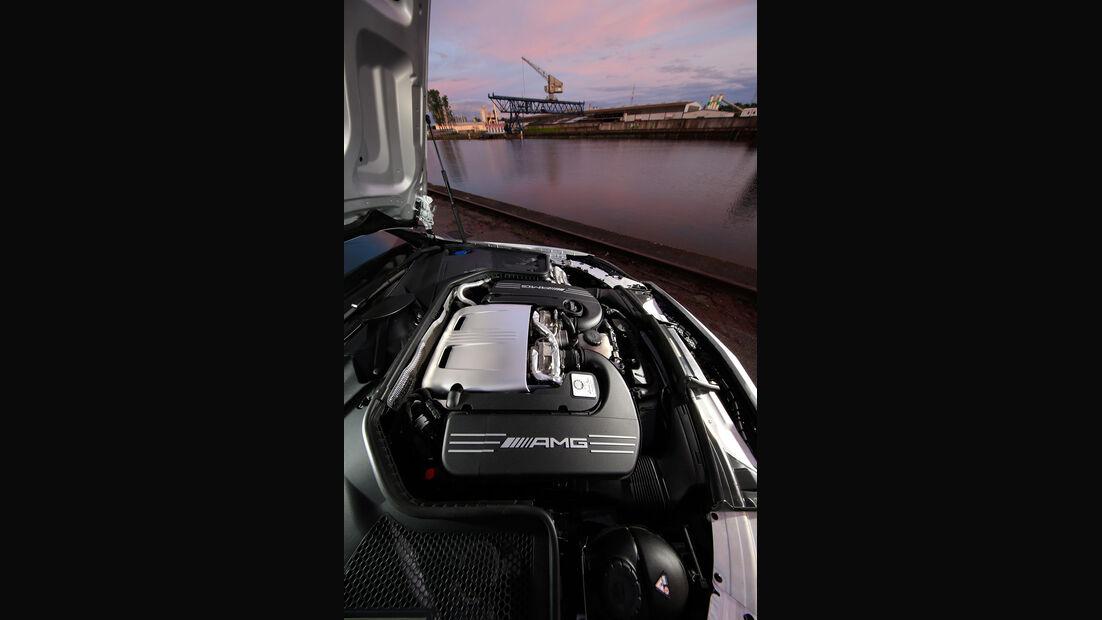Mercedes-AMG C 63 S Coupé - Biturbo-V8 - sport auto 7/2016