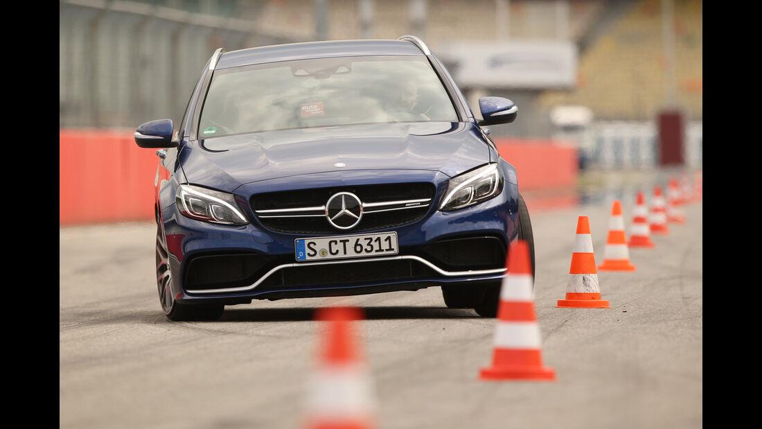 Mercedes-AMG C 63 S T-Modell, Frontansicht, Slalom
