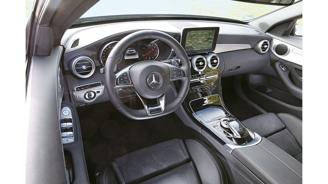 Mercedes AMG C63, Cockpit