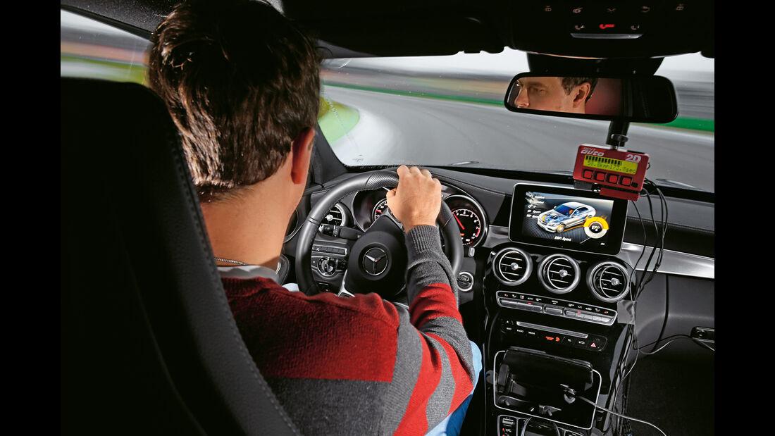 Mercedes-AMG C63, Fahrersicht, Cockpit