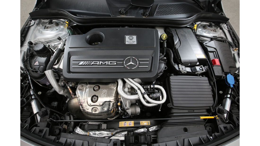 Mercedes-AMG CLA 45 4Matic, Motor