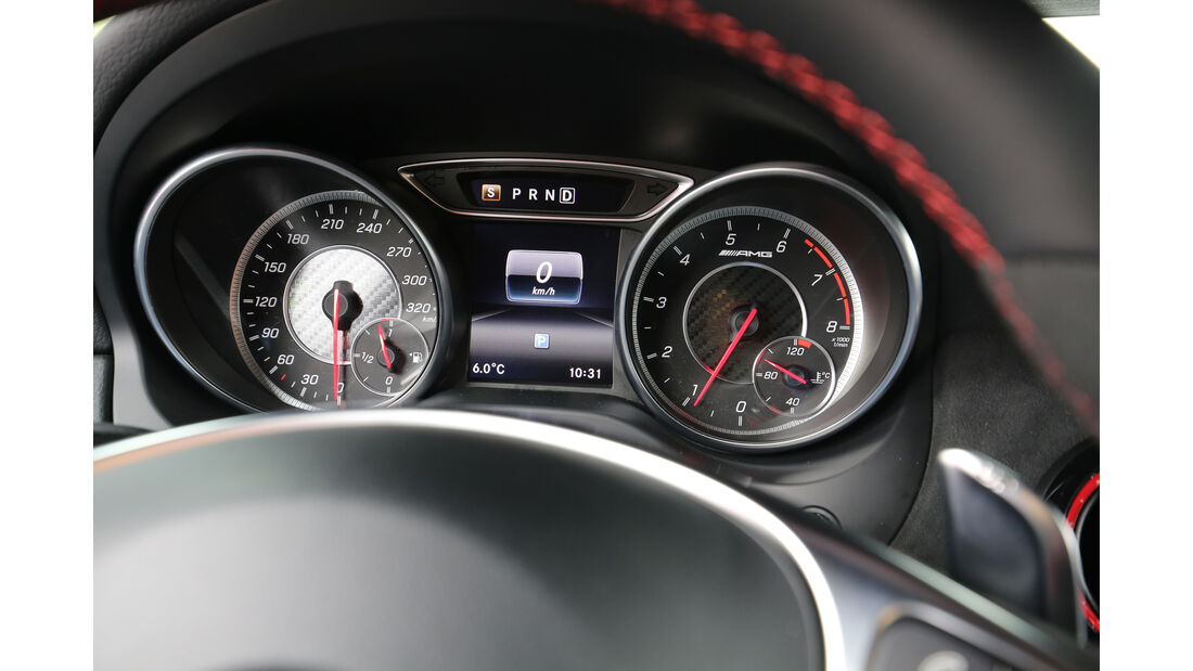 Mercedes-AMG CLA 45 4Matic, Rundinstrumente
