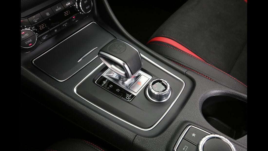 Mercedes-AMG CLA 45 4Matic, Schalthebel