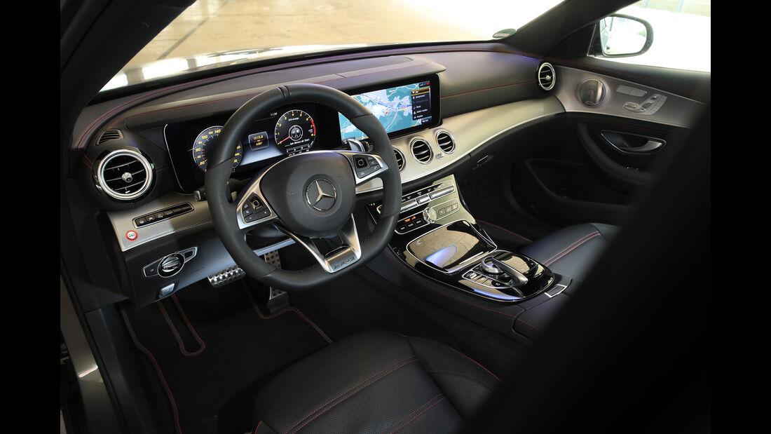 Mercedes-AMG E 43 4Matic, Cockpit