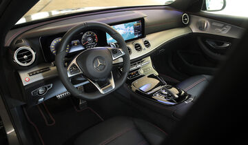 Mercedes-AMG E 43 4Matic, Cockpit