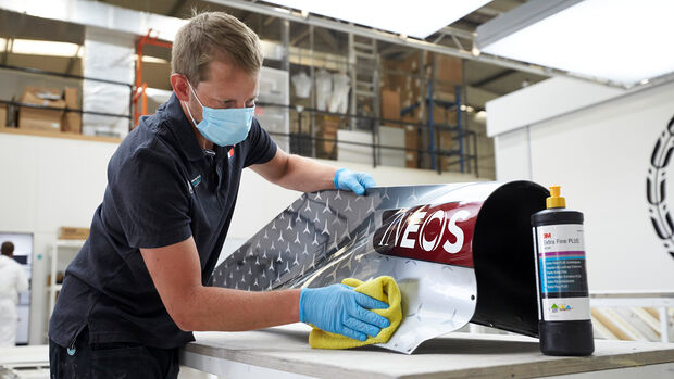 Mercedes AMG F1 Team - Fabrik