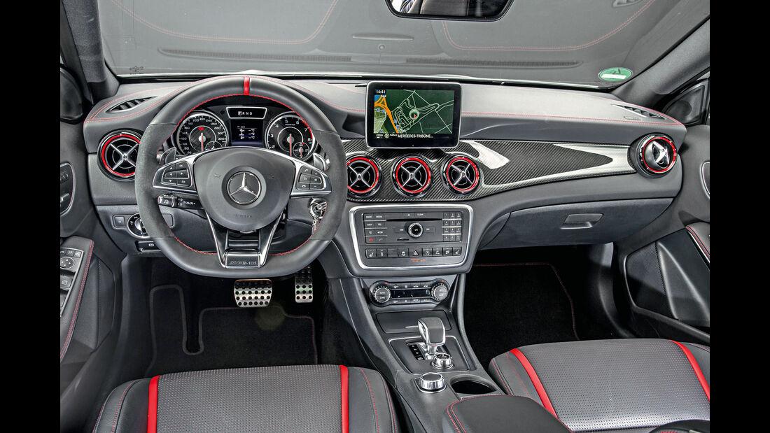 Mercedes-AMG GLA 45 4Matic, Cockpit