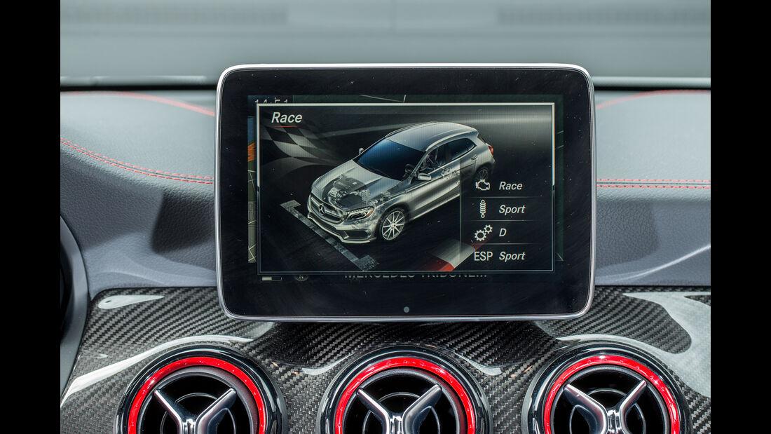 Mercedes-AMG GLA 45 4Matic, Display