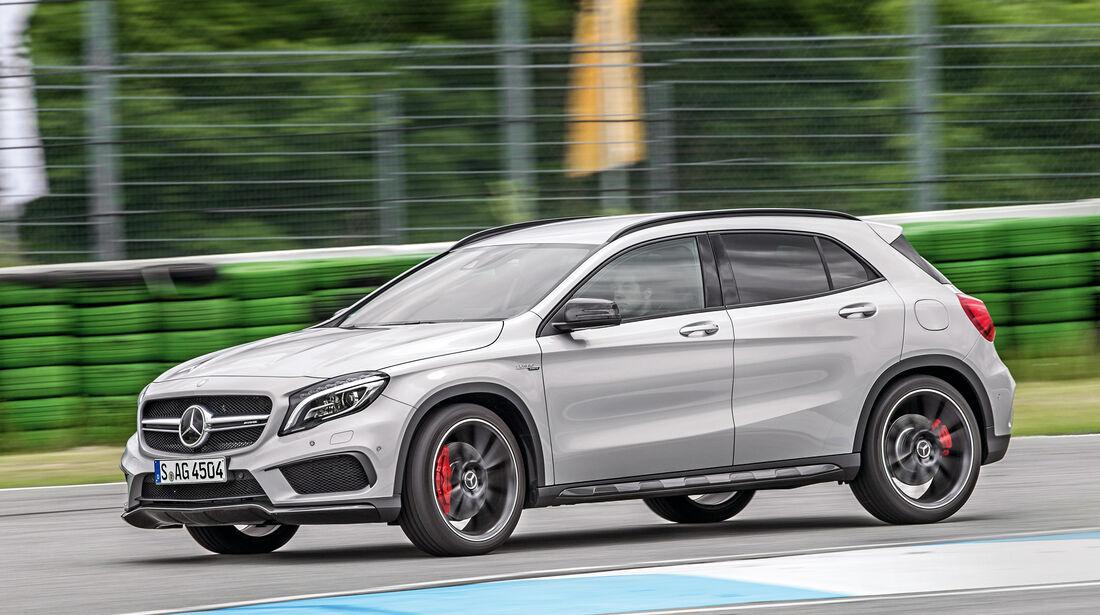 Mercedes-AMG GLA 45 4Matic, Seitenansicht