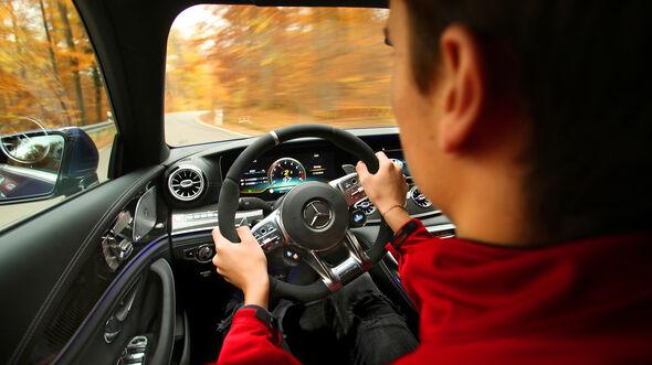 Mercedes-AMG GT 63 S 4Matic+ 4-Türer Coupé, Interieur
