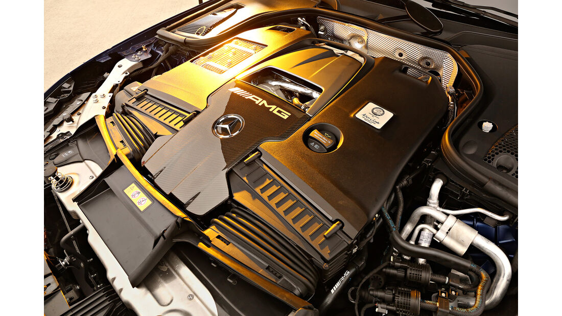 Mercedes-AMG GT 63 S 4Matic+ 4-Türer Coupé, Motorraum