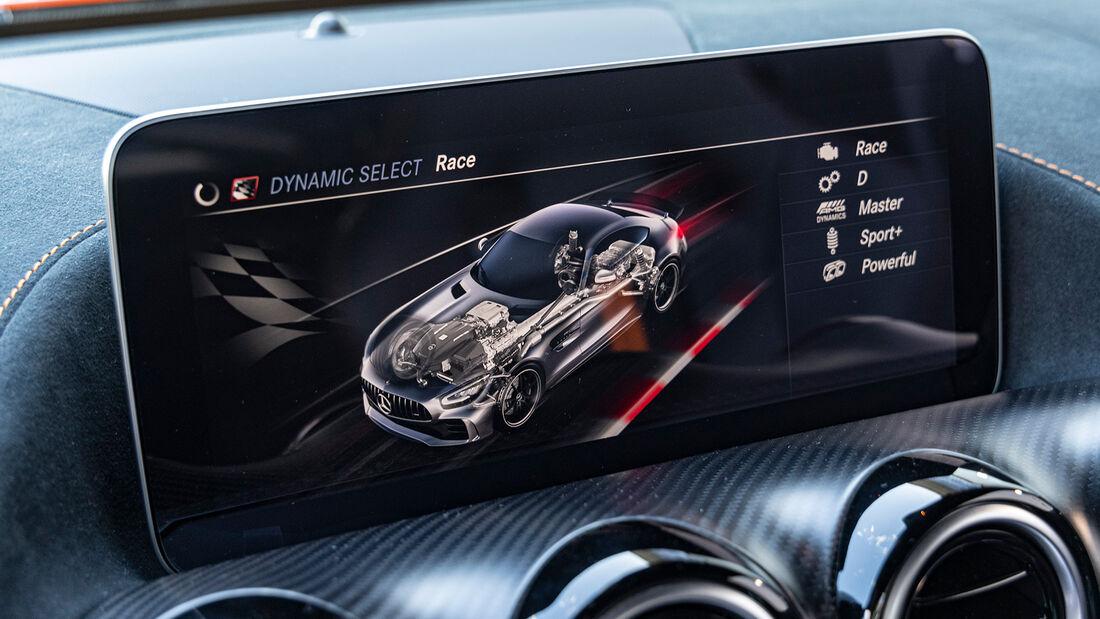 Mercedes-AMG GT Black Series, Interieur