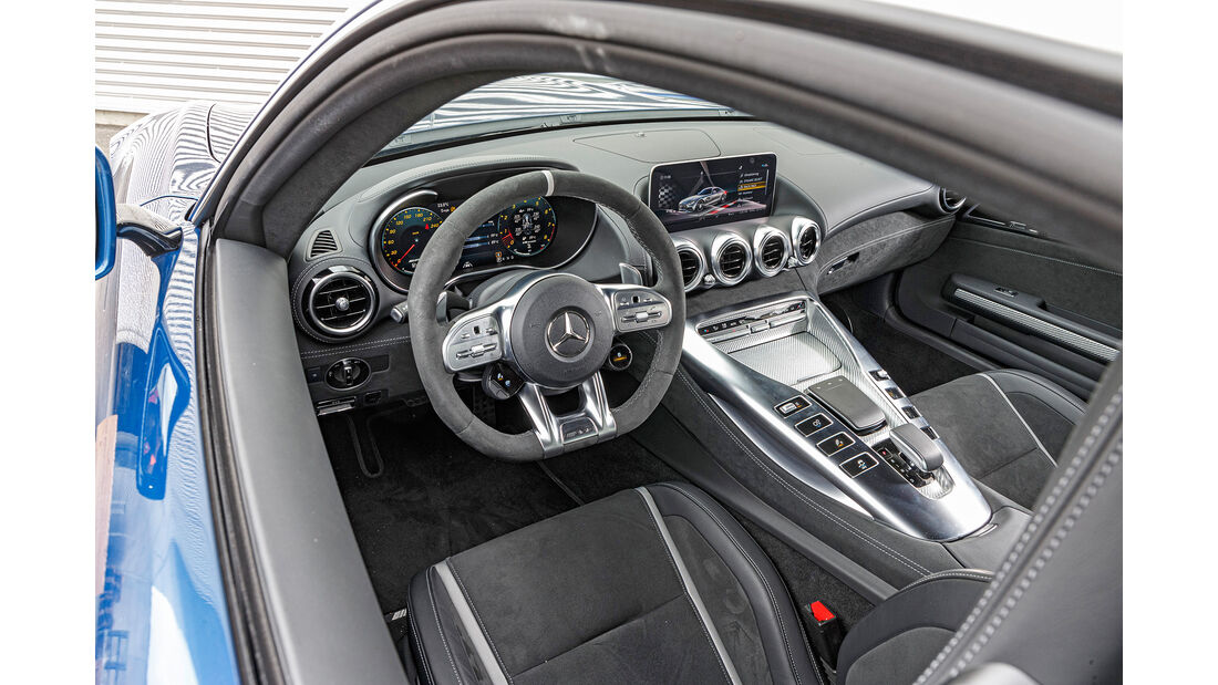 Mercedes-AMG GT, Interieur