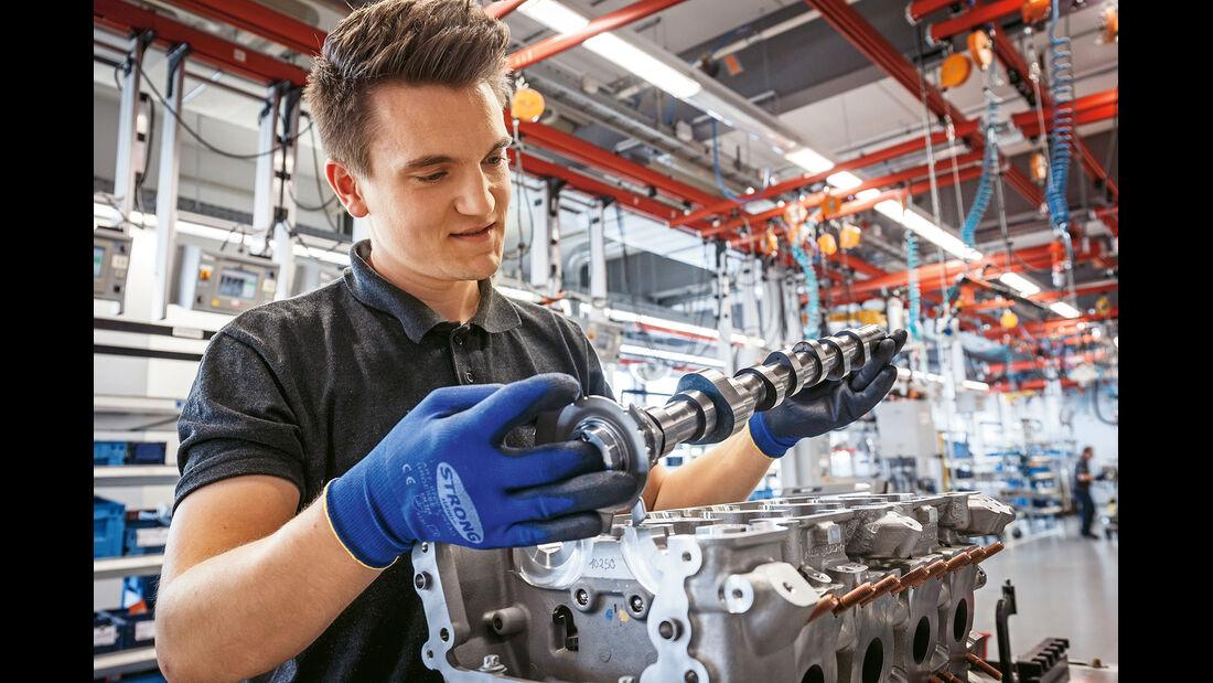Mercedes-AMG GT, Motor, Handarbeit