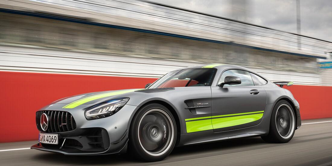 Mercedes Amg Gt R Pro Im Fahrbericht Auto Motor Und Sport