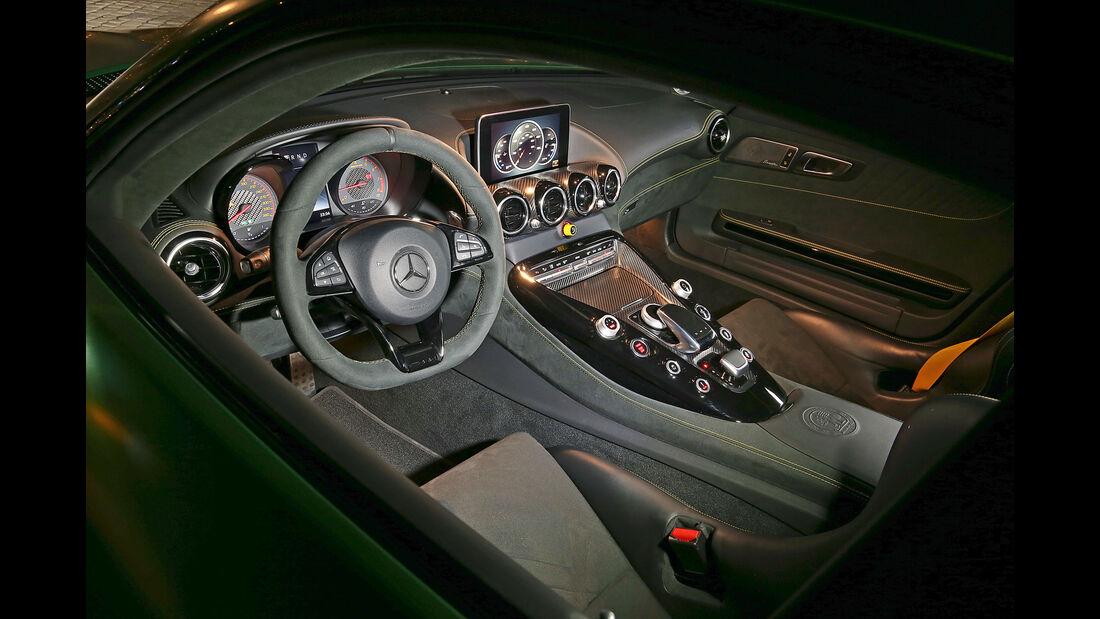 Mercedes-AMG GT R - Sportwagen - Cockpit - Test