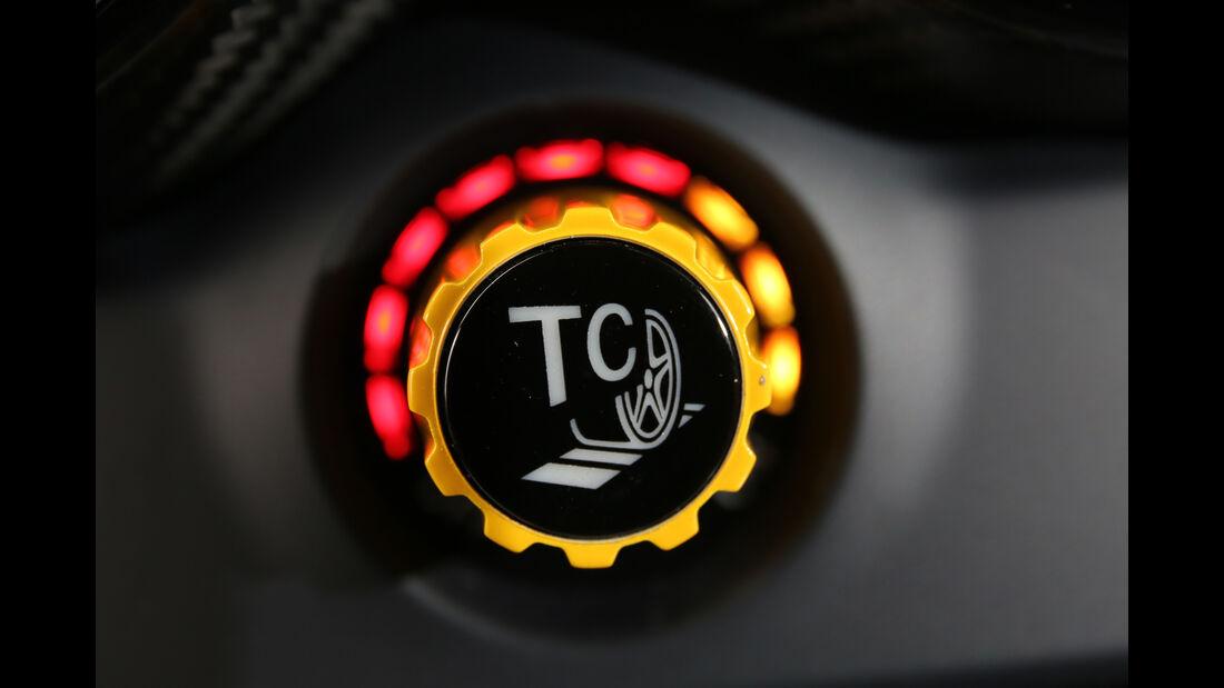 Mercedes-AMG GT R, Track Control