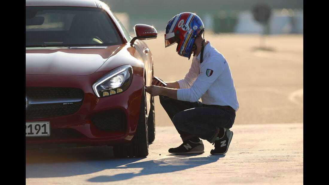 Mercedes-AMG GT, Reifenprüfung