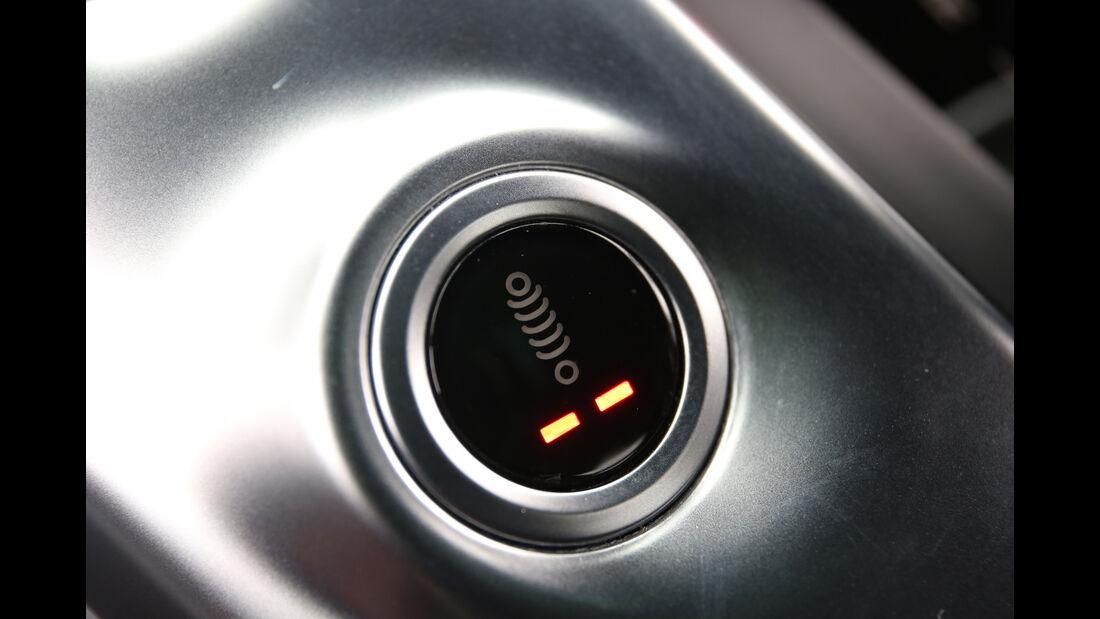 Mercedes-AMG GT S, Anzeigeinstrument