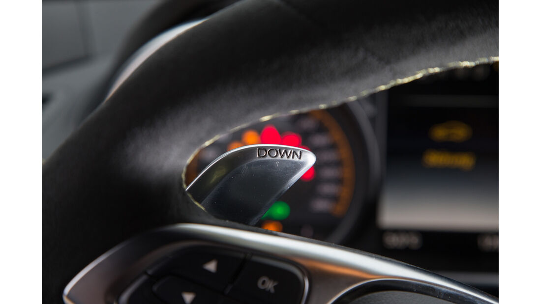 Mercedes-AMG GT S, Lenkradschalter